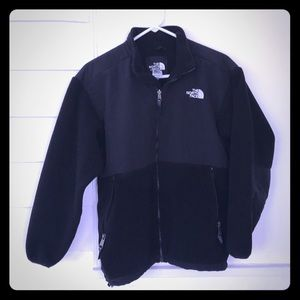 The North Face Youth XL Black Fleece Jacket